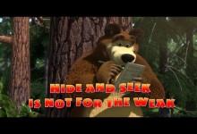 Masa a medved: Hra na schovavanou (anglicky)